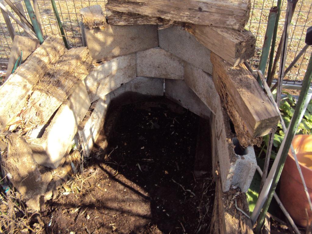 堆肥枠組み