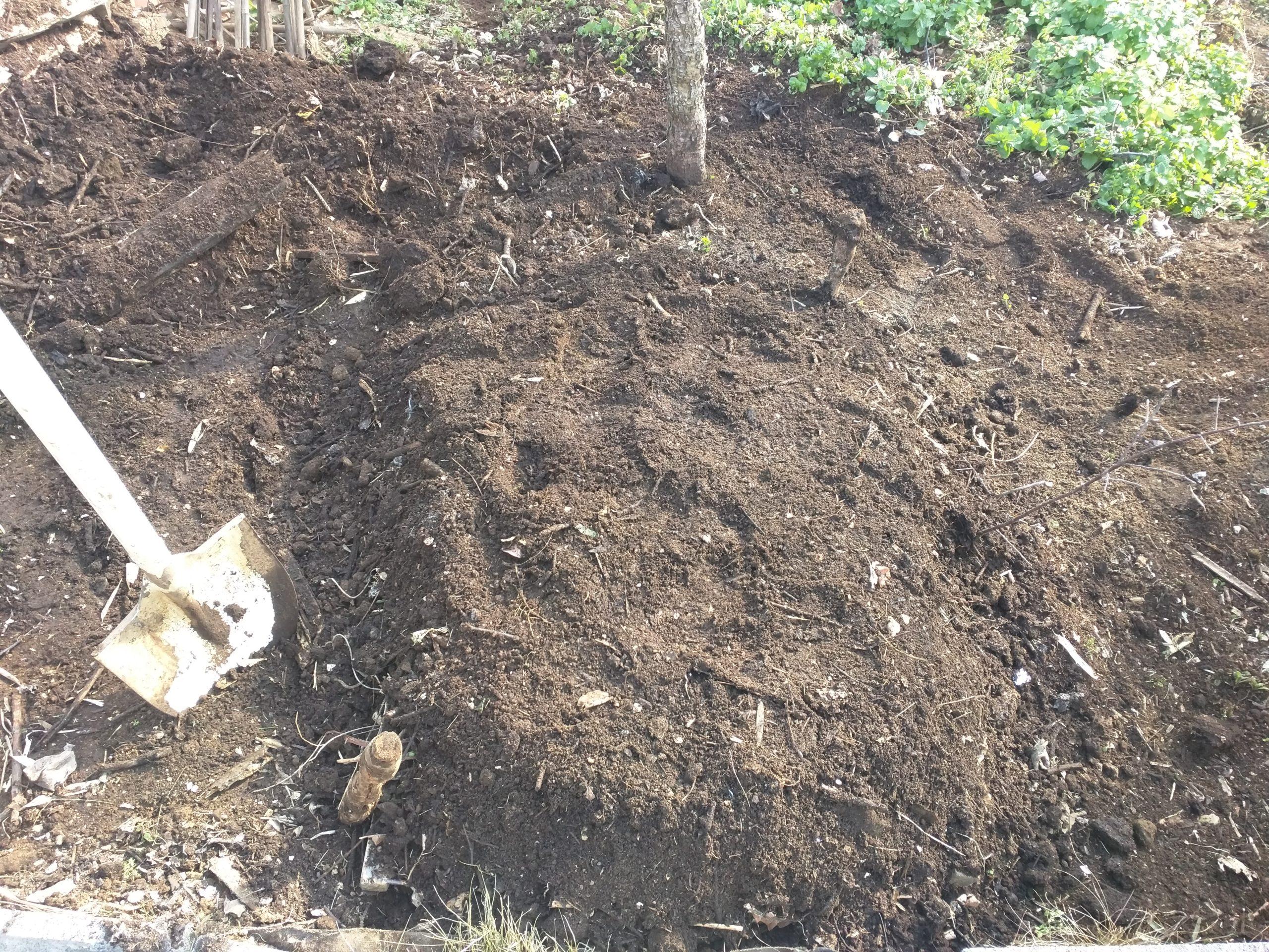 堆肥積み込み完了です